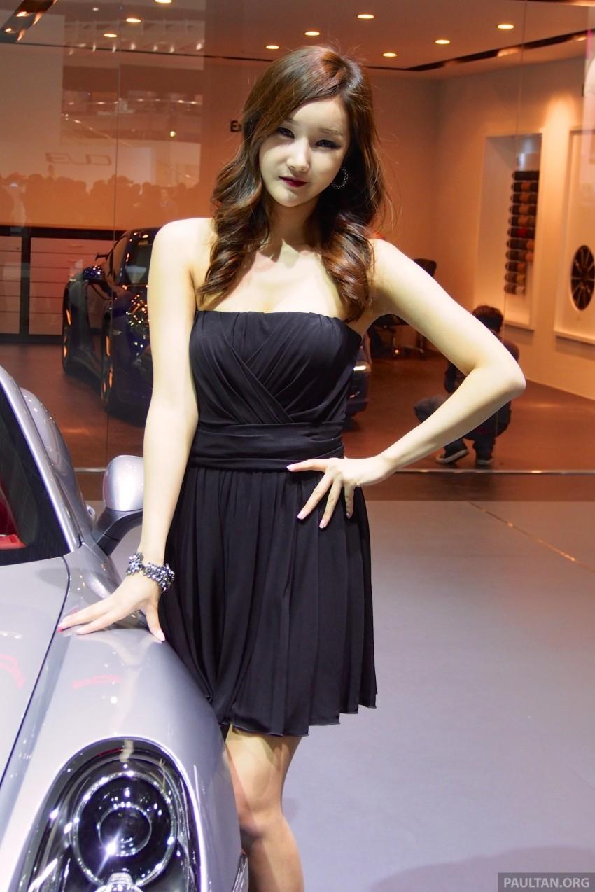 Seoul 2013 – Gangnam Girls say annyeong haseyo! Image #165333
