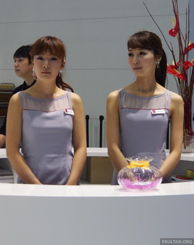 Seoul 2013 – Gangnam Girls say annyeong haseyo! Image #165364
