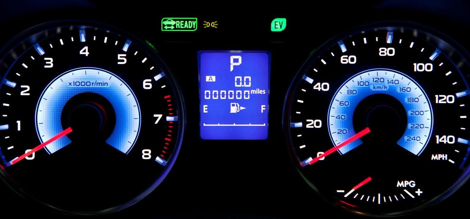 Subaru XV Crosstrek Hybrid unveiled at NYIAS 2013 Paul Tan ...