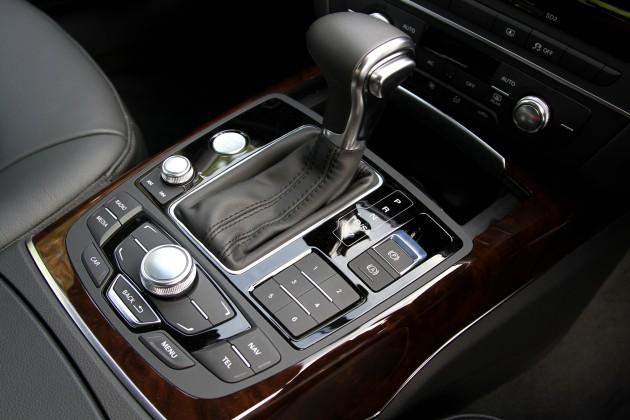 027-a6-interior