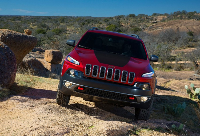 2014 Jeep Cherokee – 9-speed auto, face from Mars Image #165475