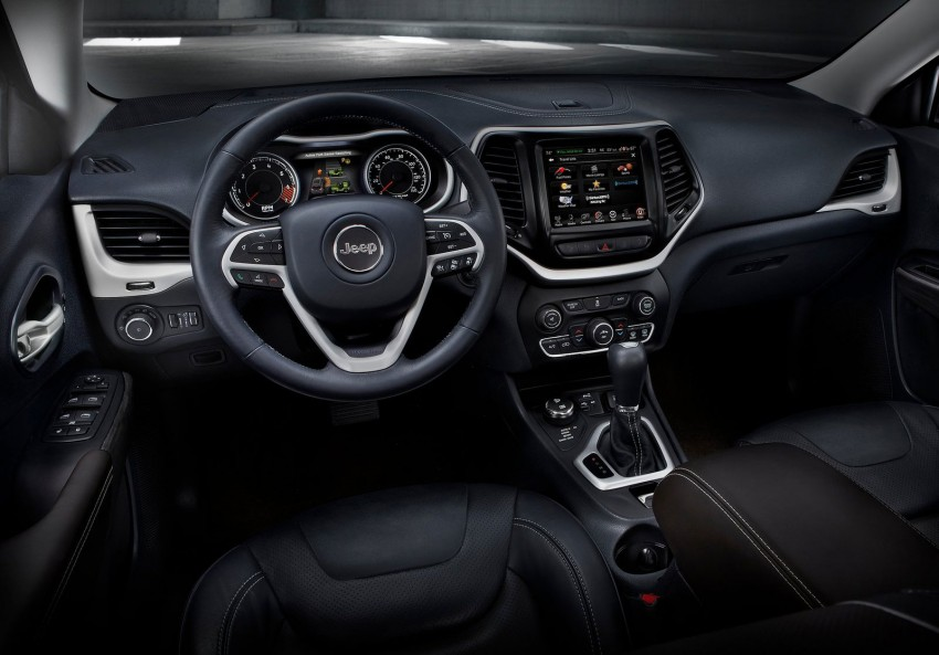 2014 Jeep Cherokee – 9-speed auto, face from Mars Image #165476