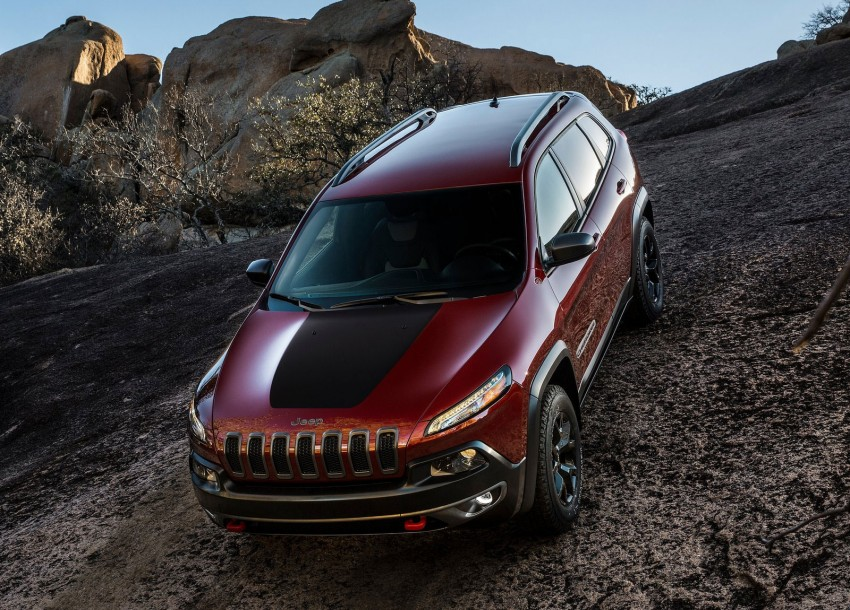 2014 Jeep Cherokee – 9-speed auto, face from Mars Image #165479