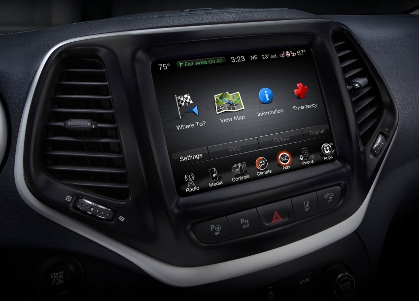2014 Jeep Cherokee – 9-speed auto, face from Mars Image #165487