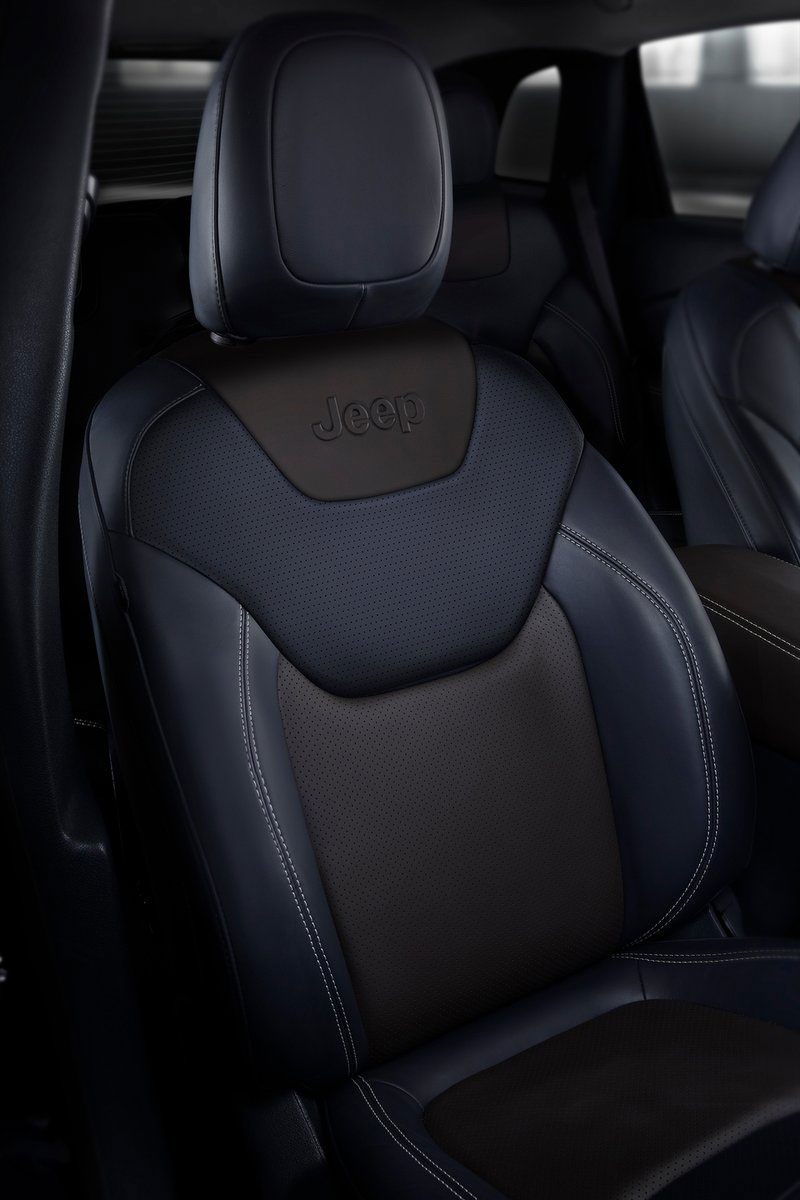2014 Jeep Cherokee – 9-speed auto, face from Mars Image #165491
