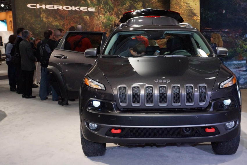 2014 Jeep Cherokee – 9-speed auto, face from Mars Image #165493