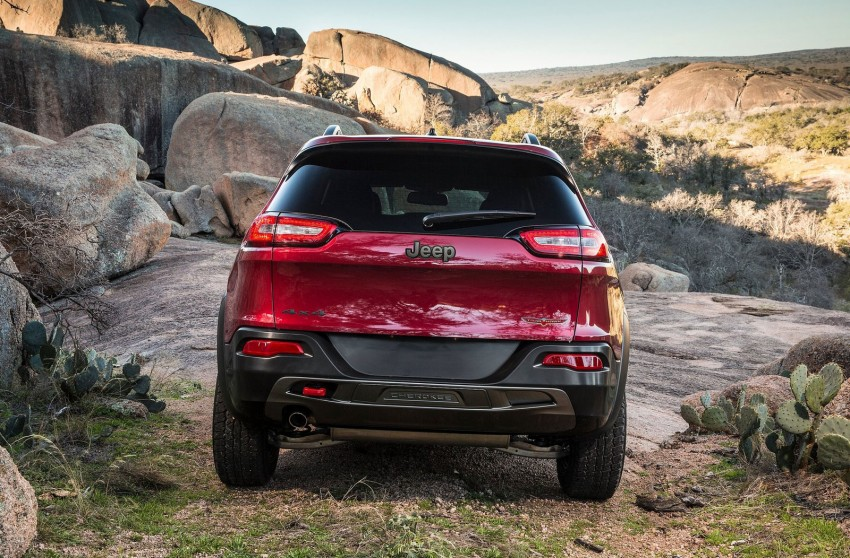 2014 Jeep Cherokee – 9-speed auto, face from Mars Image #165495