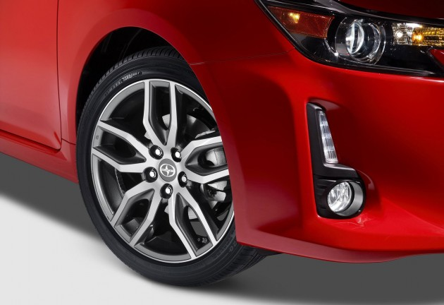 2014 Scion tC-16