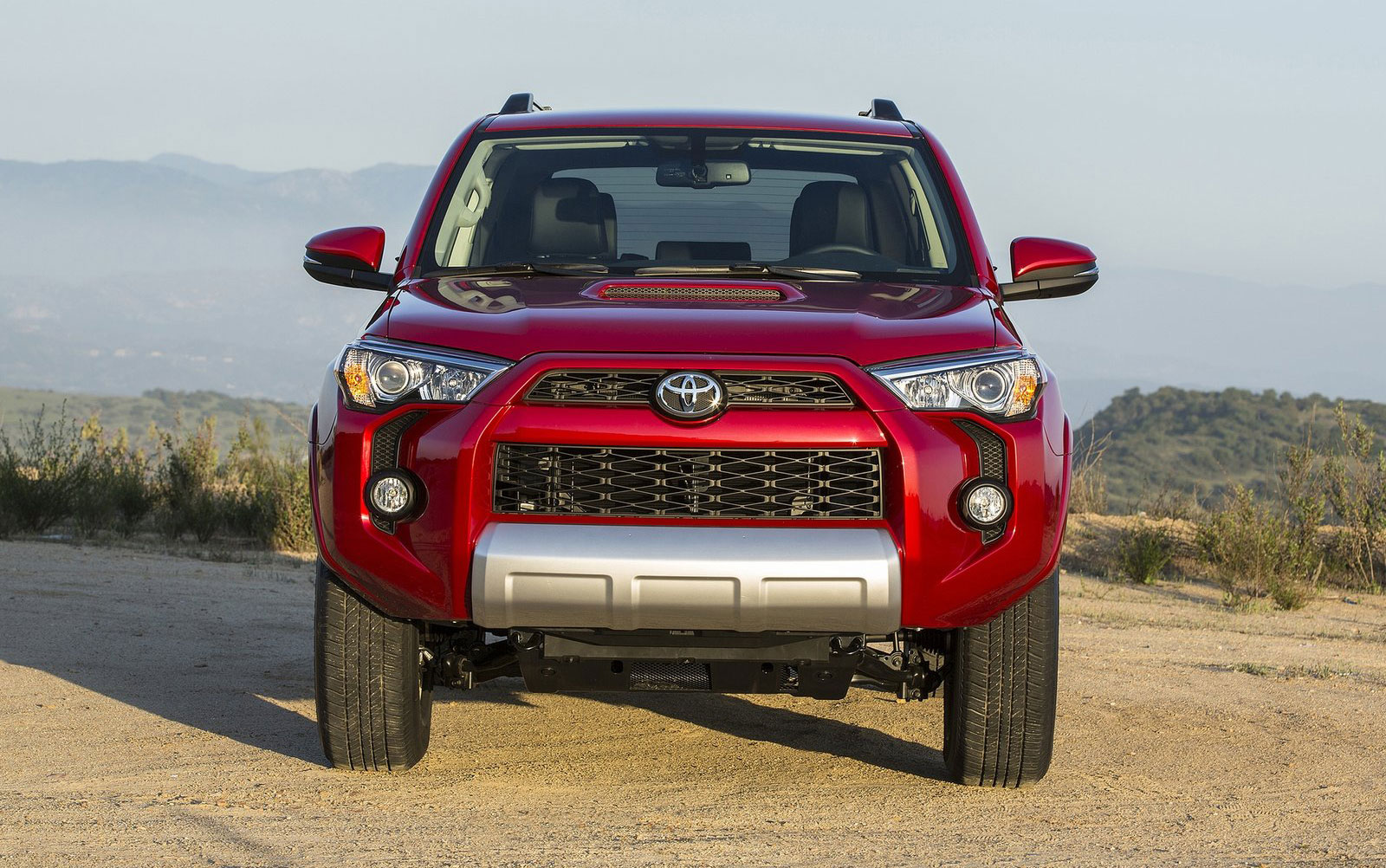 Back to Story: 2014 Toyota 4Runner – truck-based SUV gets facelift