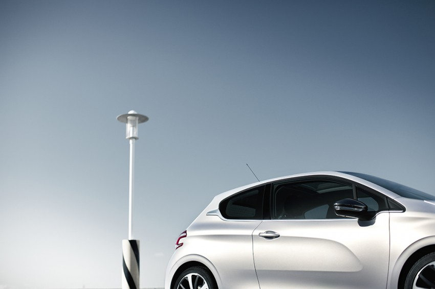 Peugeot 208 launched – 5dr RM85,888, 3dr RM95,888 Image #169002