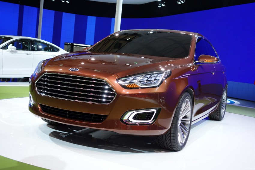Ford Escort Concept – new compact sedan for China Image #175037
