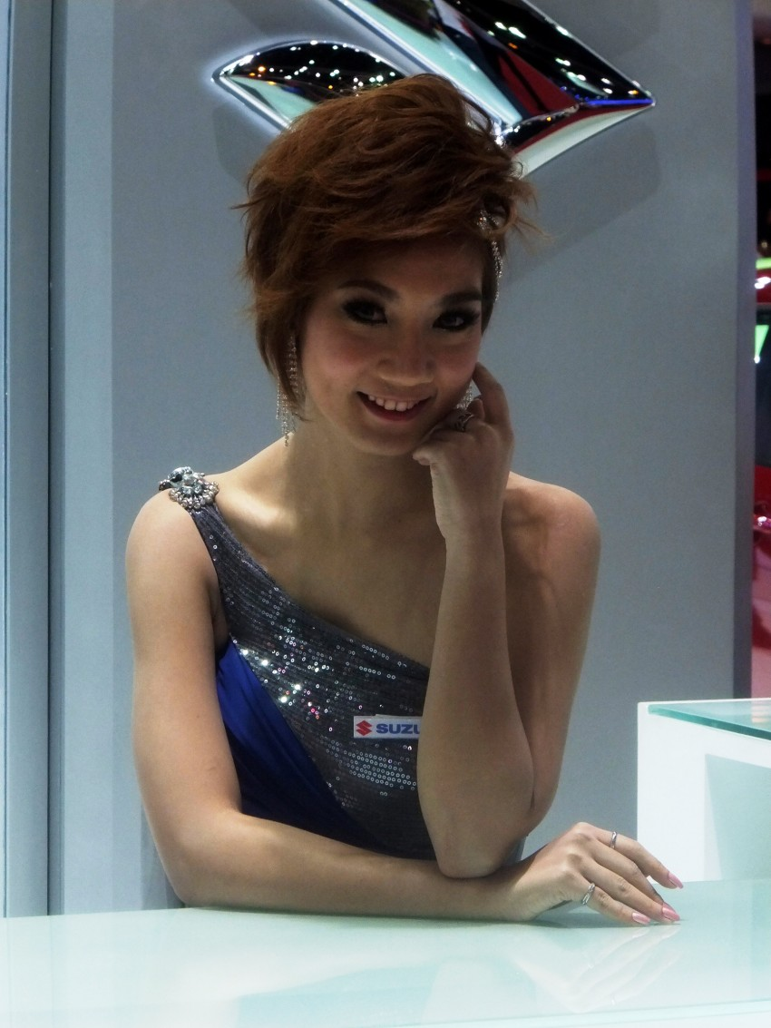 Bangkok 2013: the show girls from the Land of Smiles Image #165809