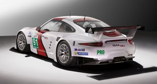 Porsche 911 RSR-04