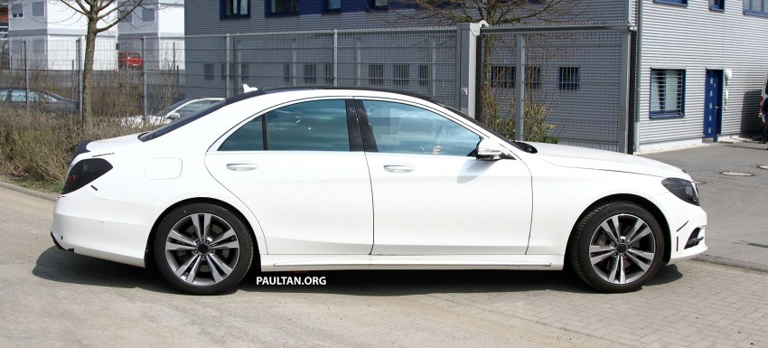 W222 Merc S-Class sighted again, this time in white Image #170950