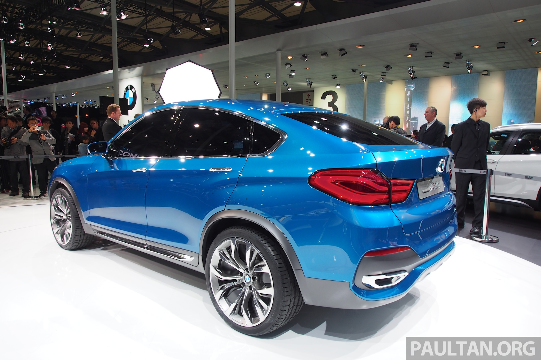 Back To Story VIDEO BMW Concept X4 At Auto Shanghai 2013