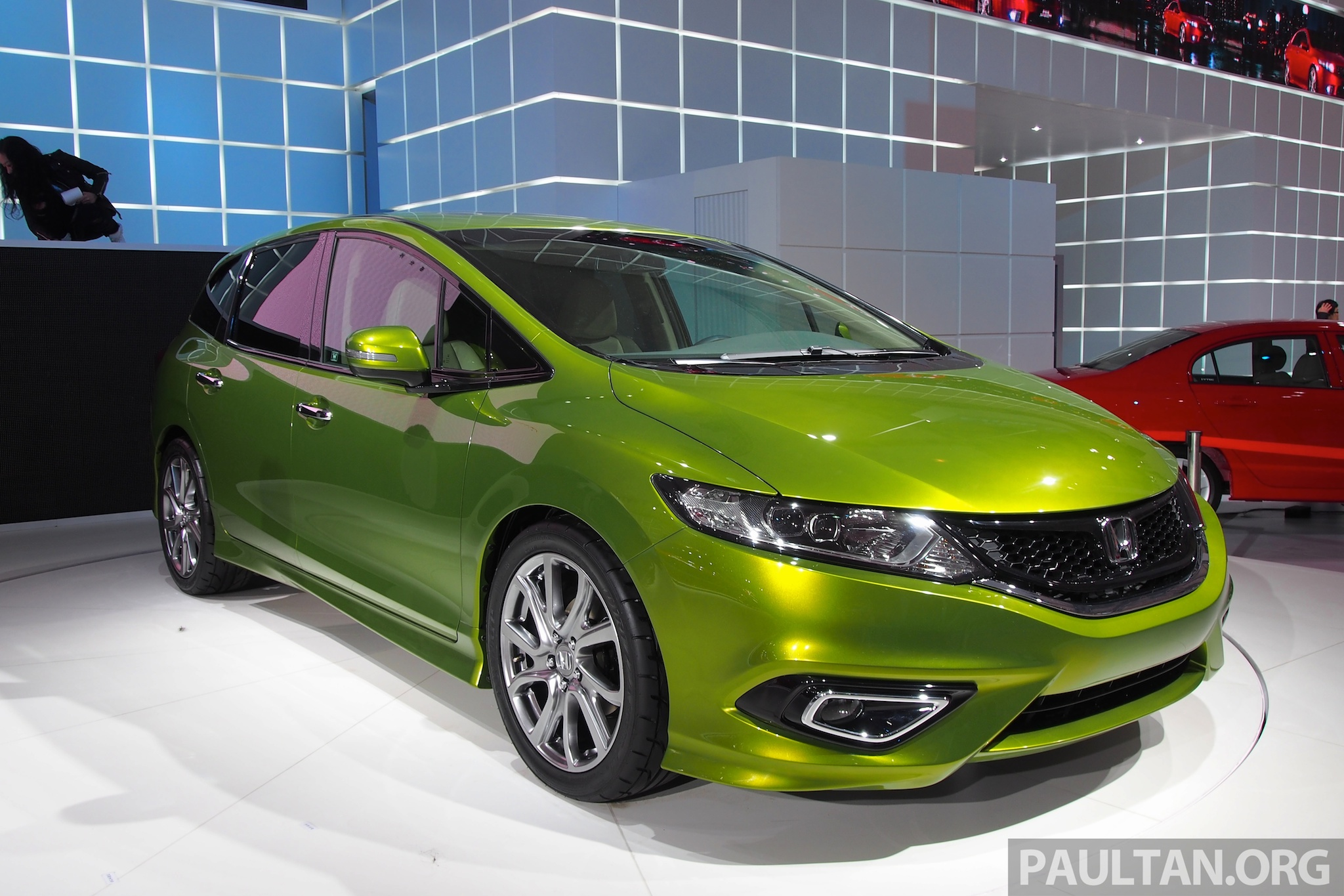 Shanghai 2013: Honda Jade, an MPV for China OLYMPUS ...