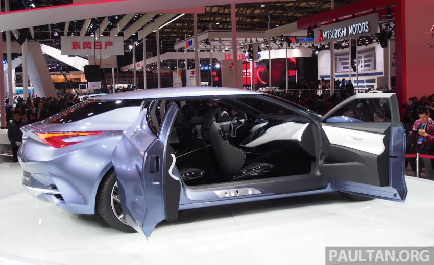 Shanghai 2013 Live: Nissan Friend-ME, made for males Image #170591