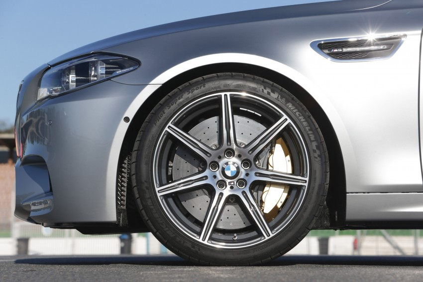 F10 BMW M5 LCI gets a new Competition Package – 575 hp power boost also available on M6 variants Image #175572