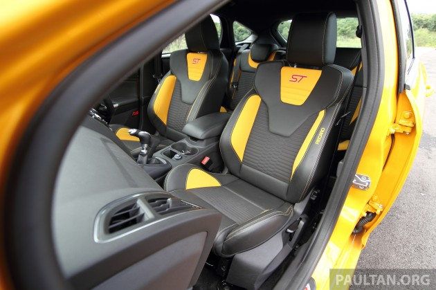 Ford-Focus-ST-Driven+ 14