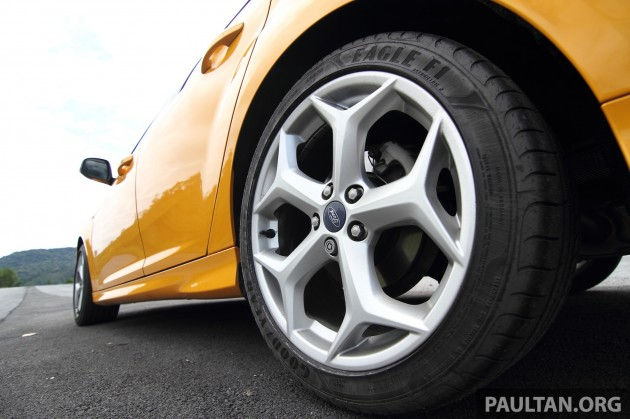 Ford-Focus-ST-Driven+ 19