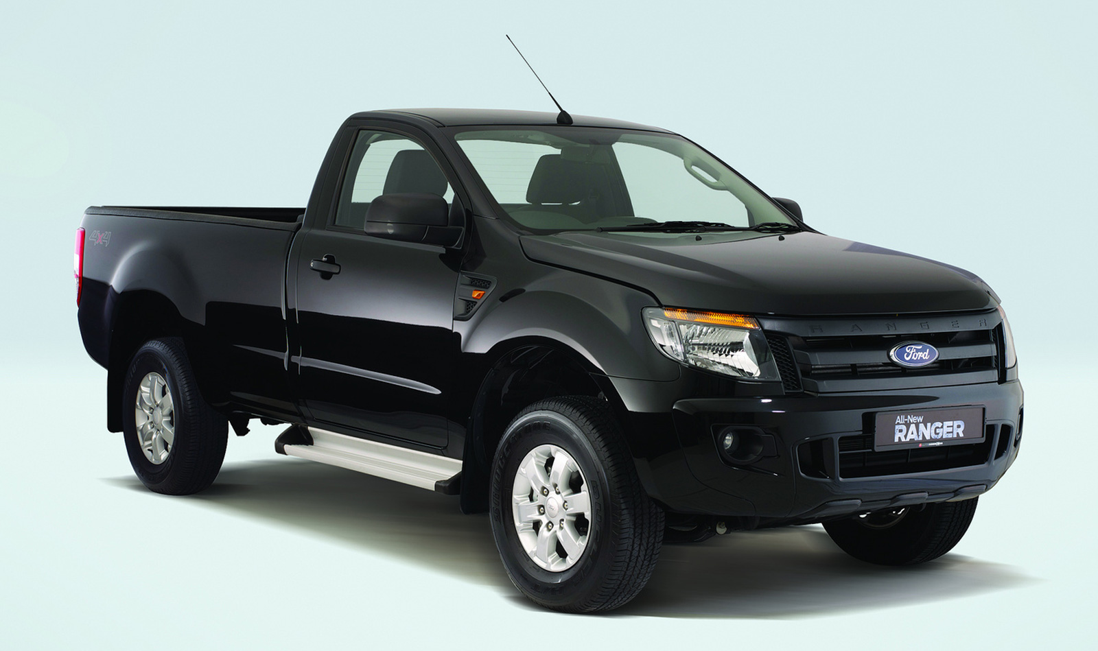 ford ranger xl lo rider and single cab from rm75k. Black Bedroom Furniture Sets. Home Design Ideas