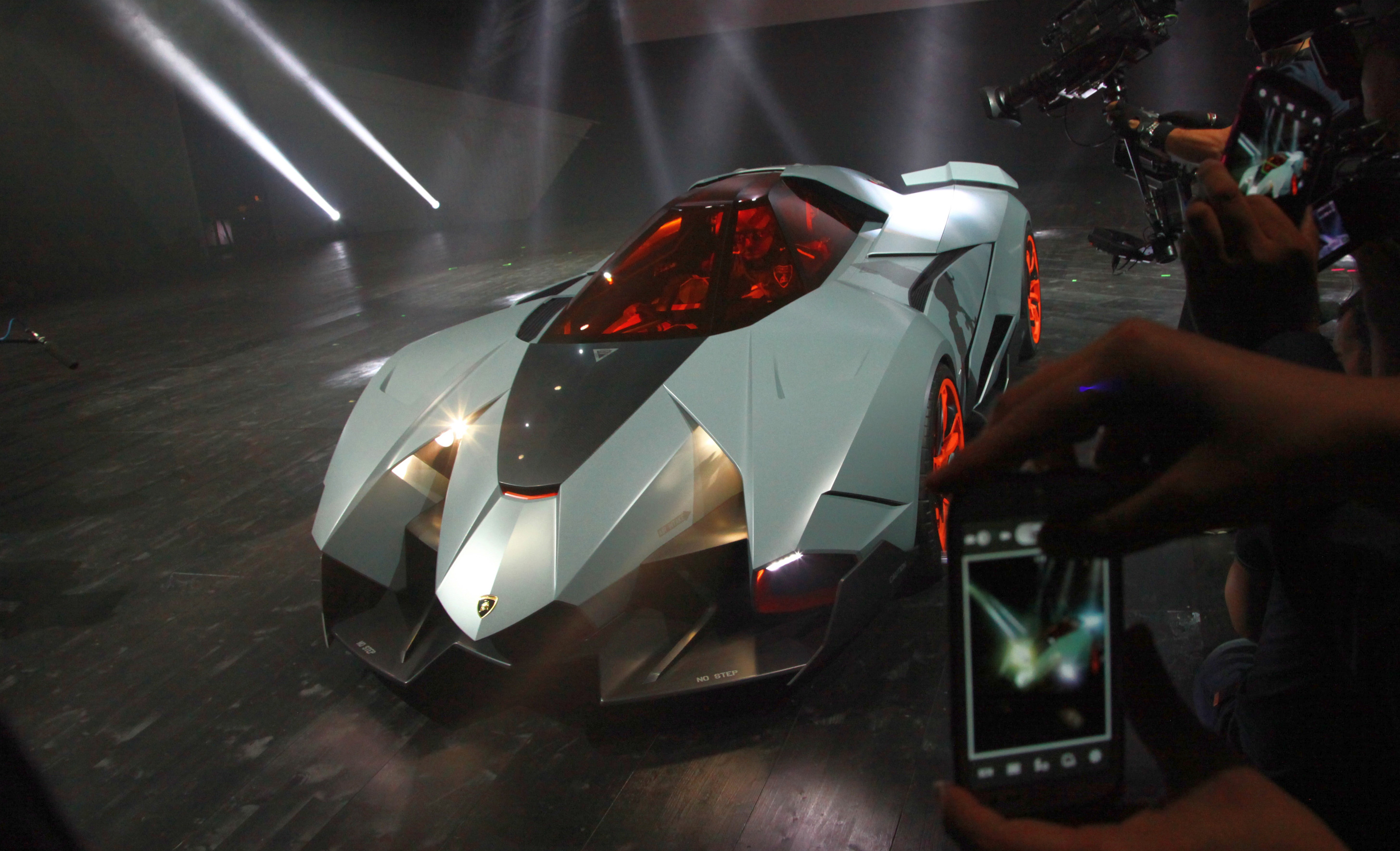 Lamborghini Egoista Concept Because Two S A Crowd Paul Tan Image