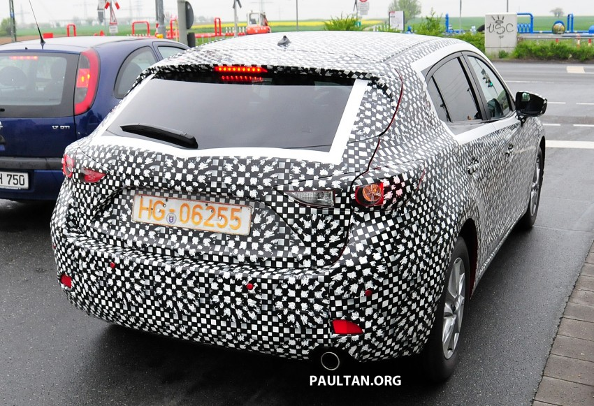SPIED: Next-gen Mazda3 looking good inside and out Image #173308