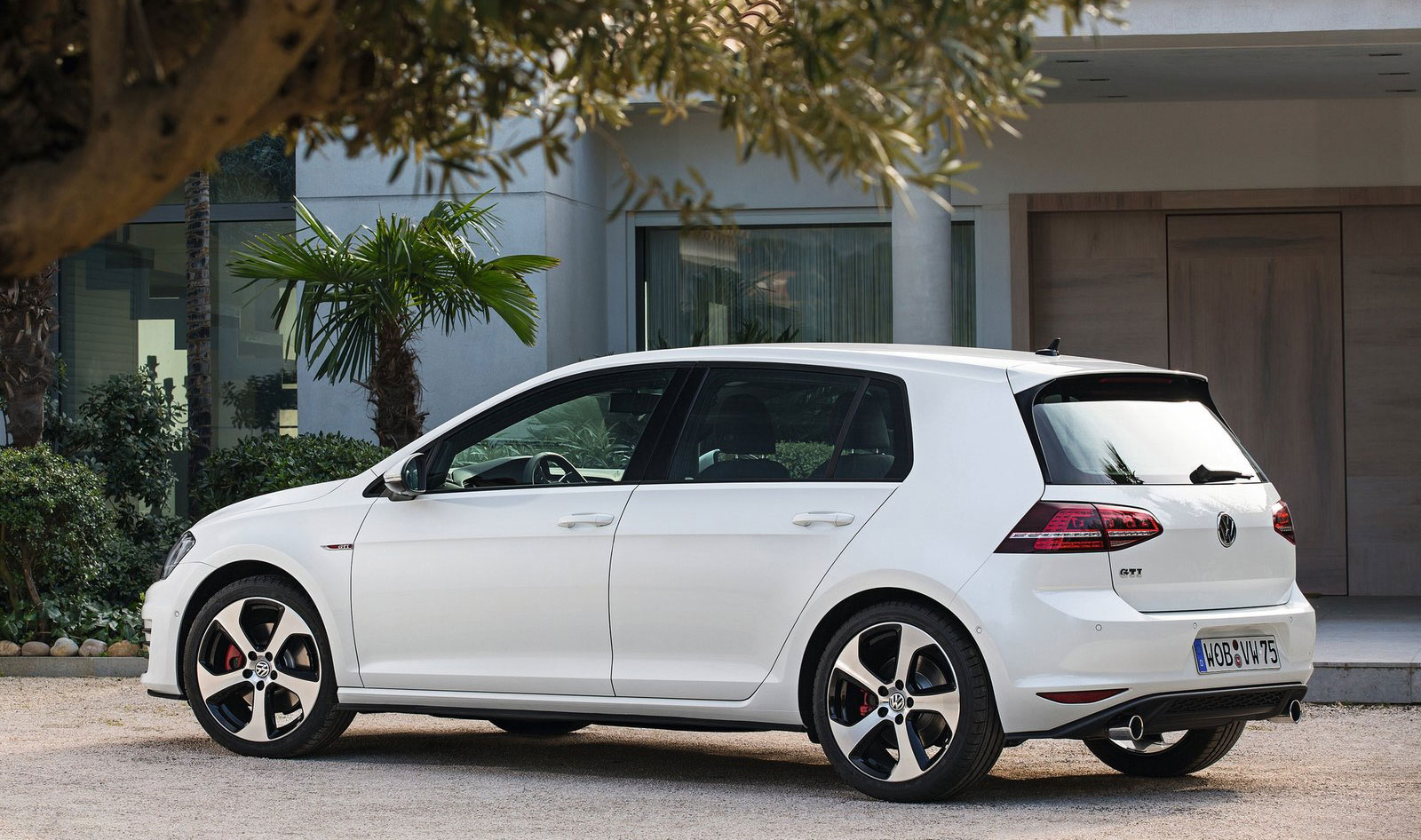 2013 Vw Golf Gti Performance Pack Video Review Pictures also 2013 Vw Golf Gti Performance Pack Video Review Pictures in addition 550565123176904793 additionally Volkswagen Golf 7 Led Taillights Retrofit Kit Vw R Oem 5g1052200 together with Der Neue Volkswagen Golf Gti 24. on vw golf gti mk7