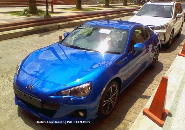 Subaru BRZ and Forester spyshot
