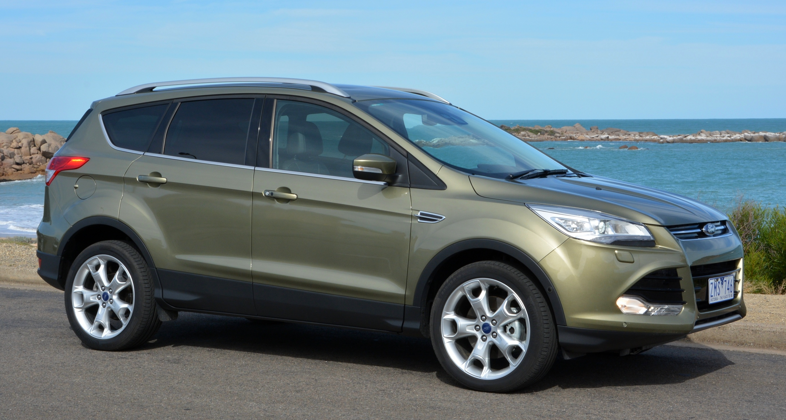 ford kuga malaysia open for orders rm168k. Black Bedroom Furniture Sets. Home Design Ideas