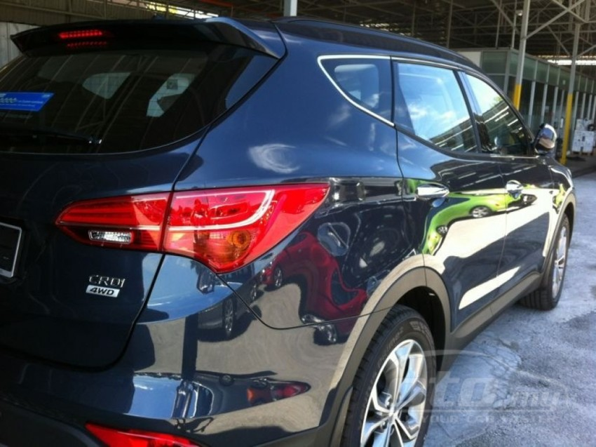 Hyundai Santa Fe listed on oto.my – end-June debut Image #177130