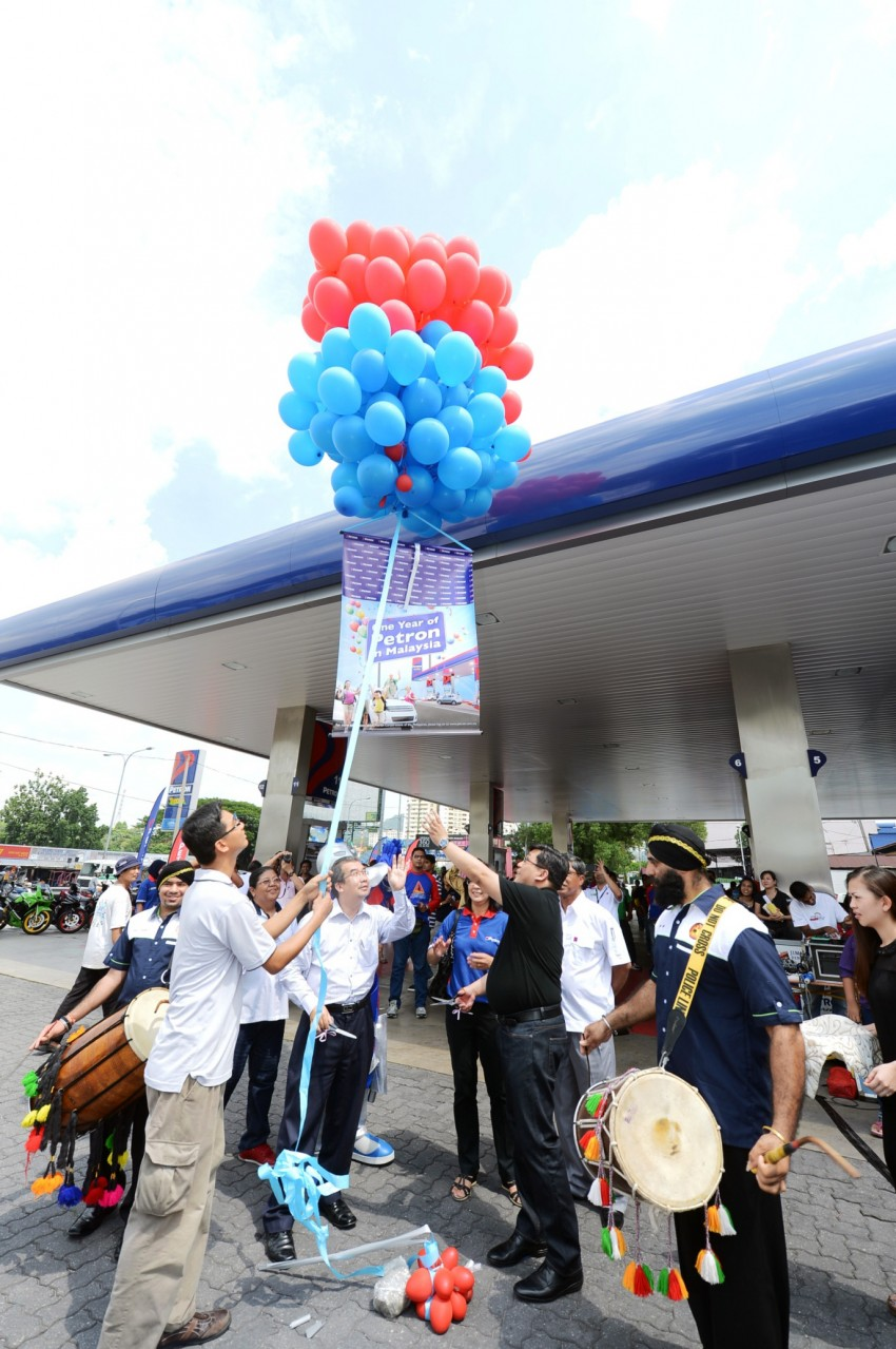 Petron celebrates first anniversary in Malaysia Image #174585