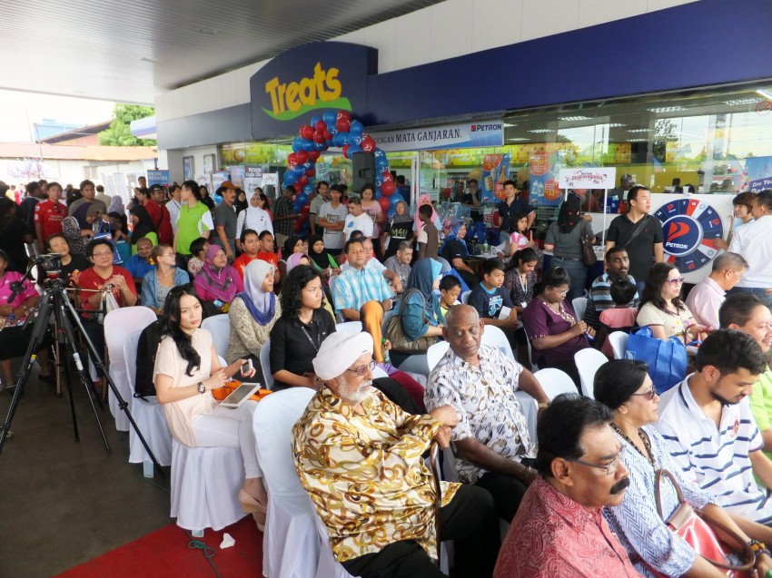 Petron celebrates first anniversary in Malaysia Image #174579