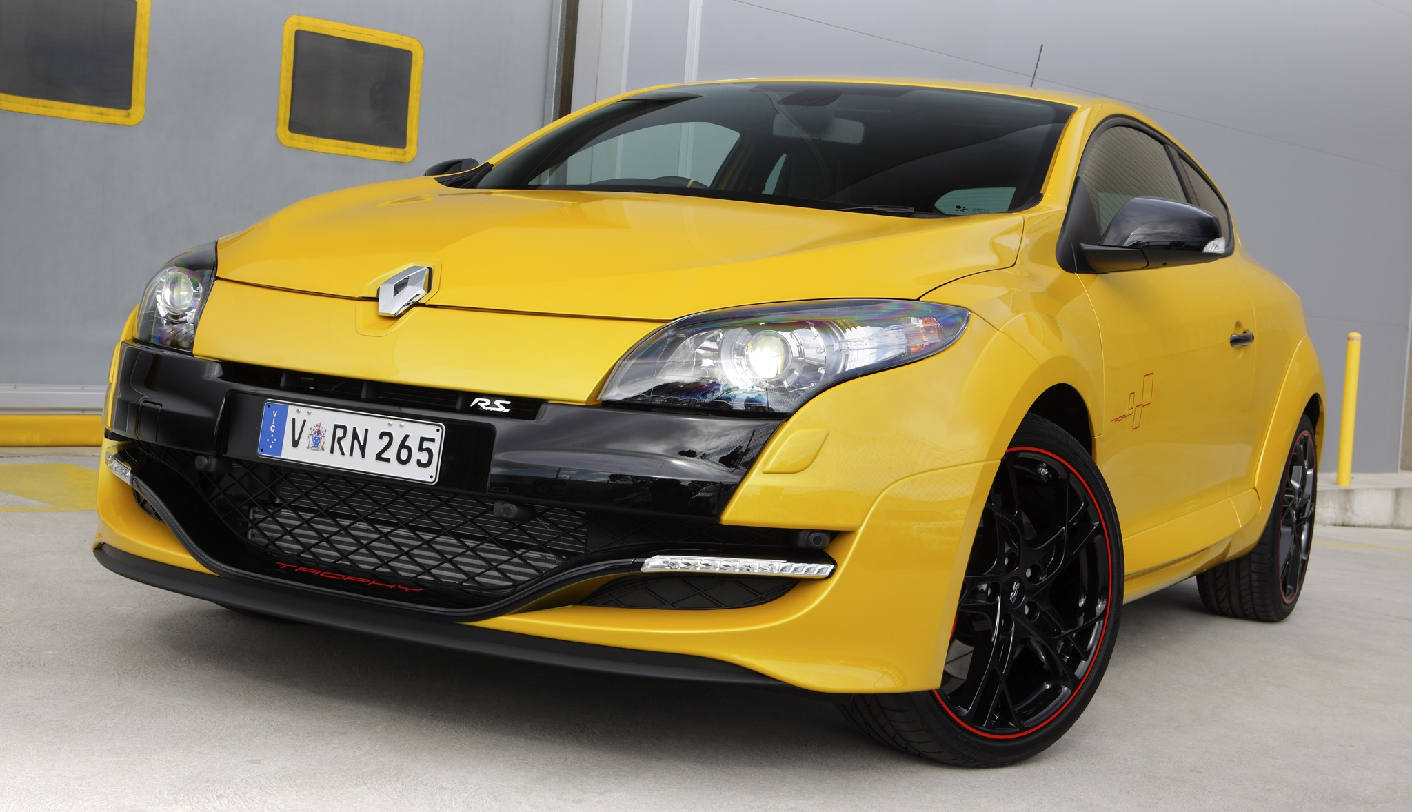renault megane rs 265 trophy introduced rm244k. Black Bedroom Furniture Sets. Home Design Ideas