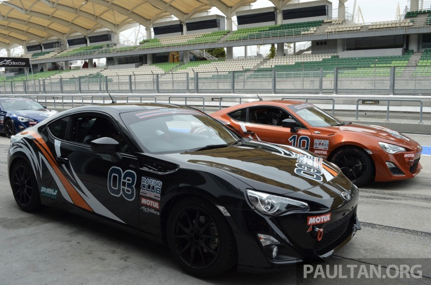 Toyota 86 – Sepang trackday in a stripped M/T racer Image #183524