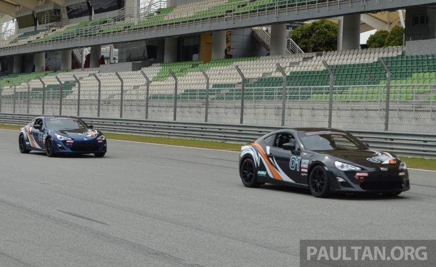 Toyota 86 – Sepang trackday in a stripped M/T racer Image #183527