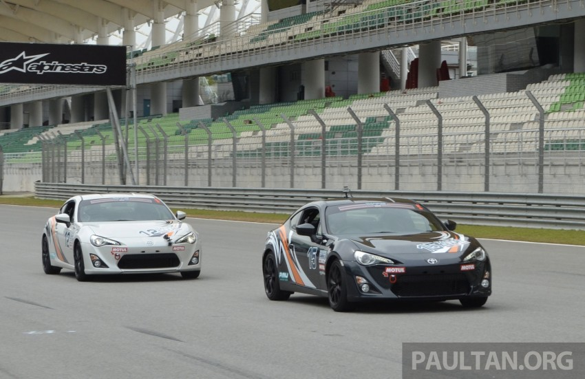Toyota 86 – Sepang trackday in a stripped M/T racer Image #183528