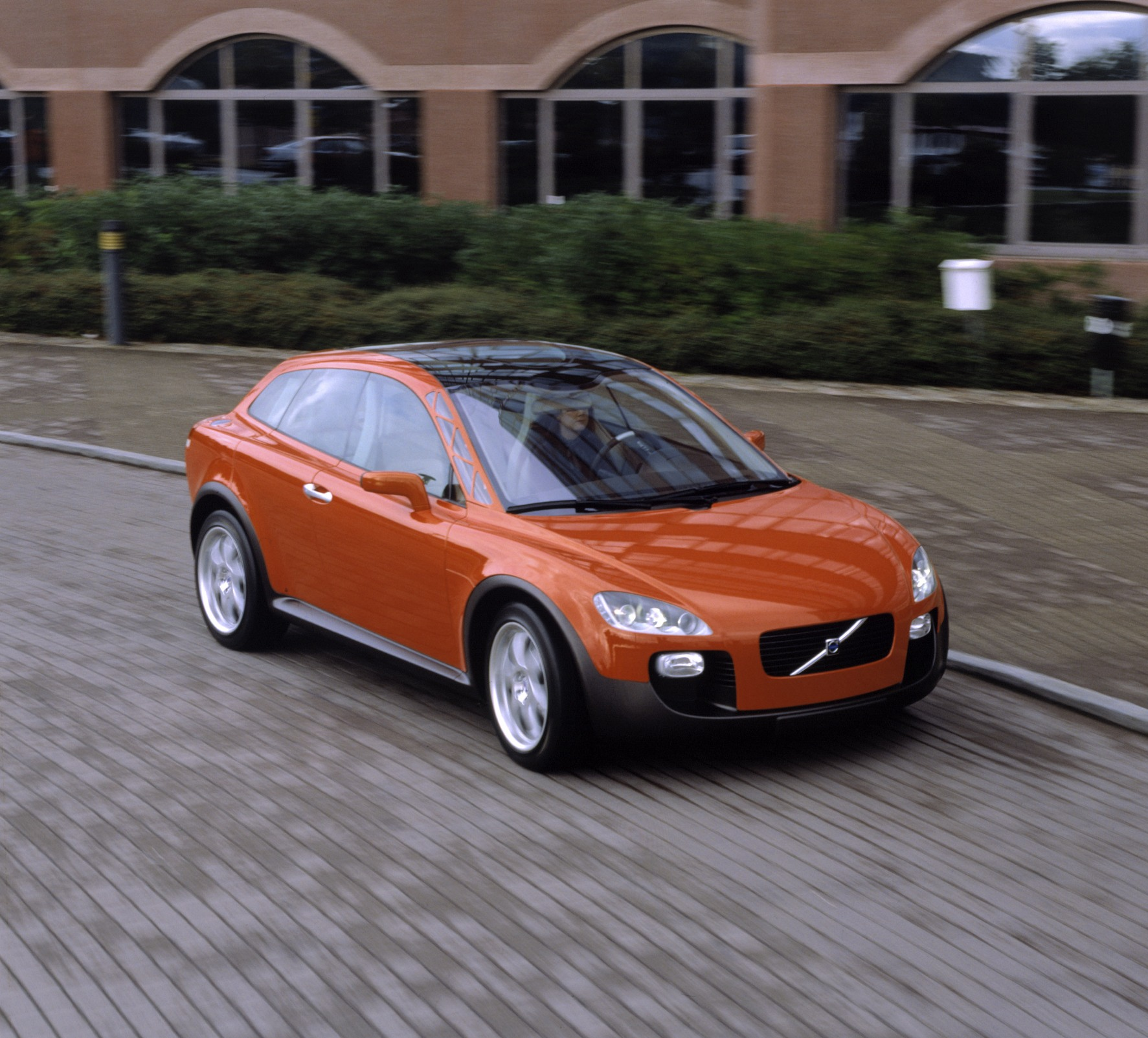 Volvo Bids Farewell To The C30 Give Last Car Away Image 178635