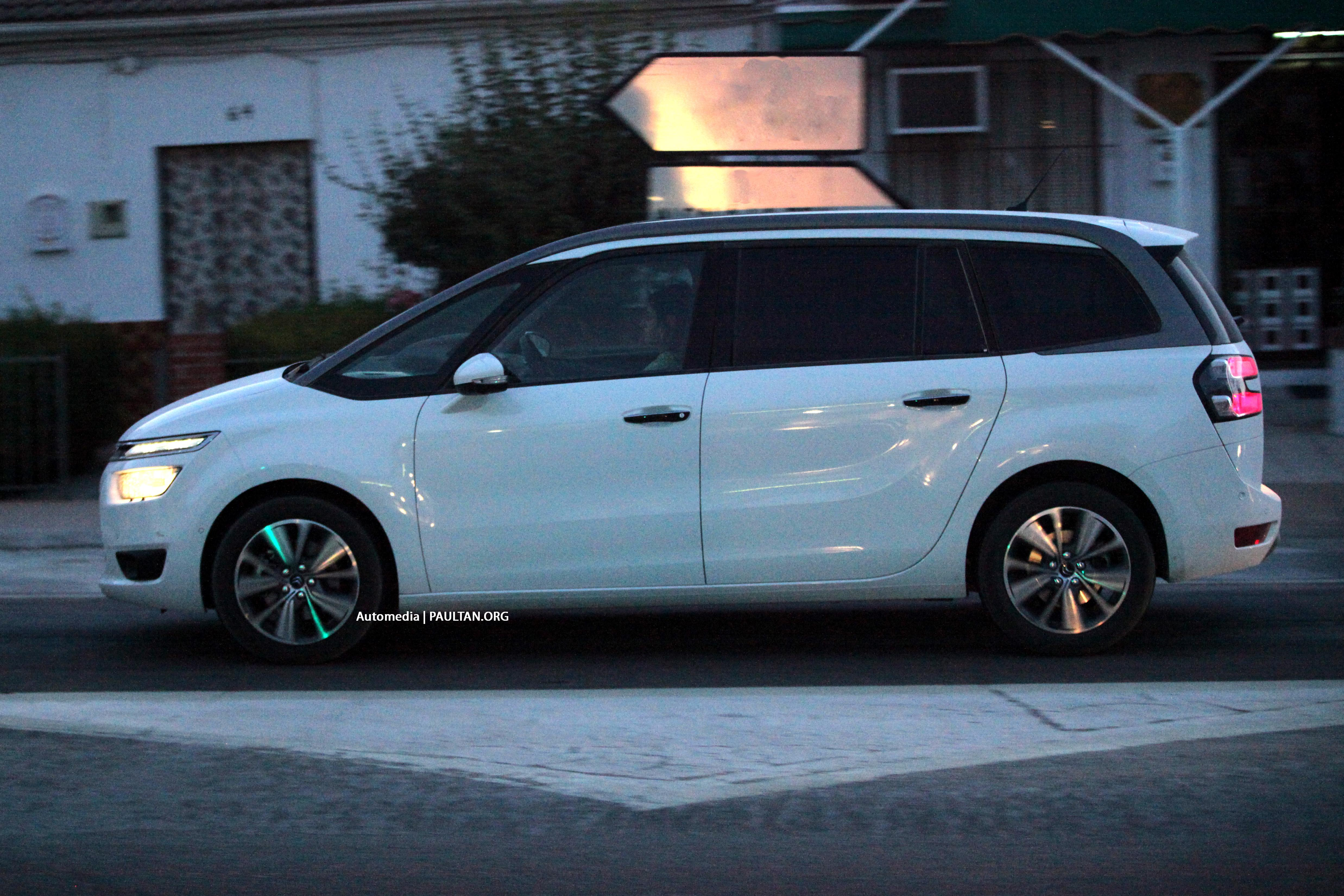 Spyshots 2014 citroen grand c4 picasso in europe likely engine choices include 16 litre hdi 90 and 110 20 litre hdi 150 16 litre vti 120 14 vti 95 and 16 thp 155 reports say there should be a vanachro Image collections