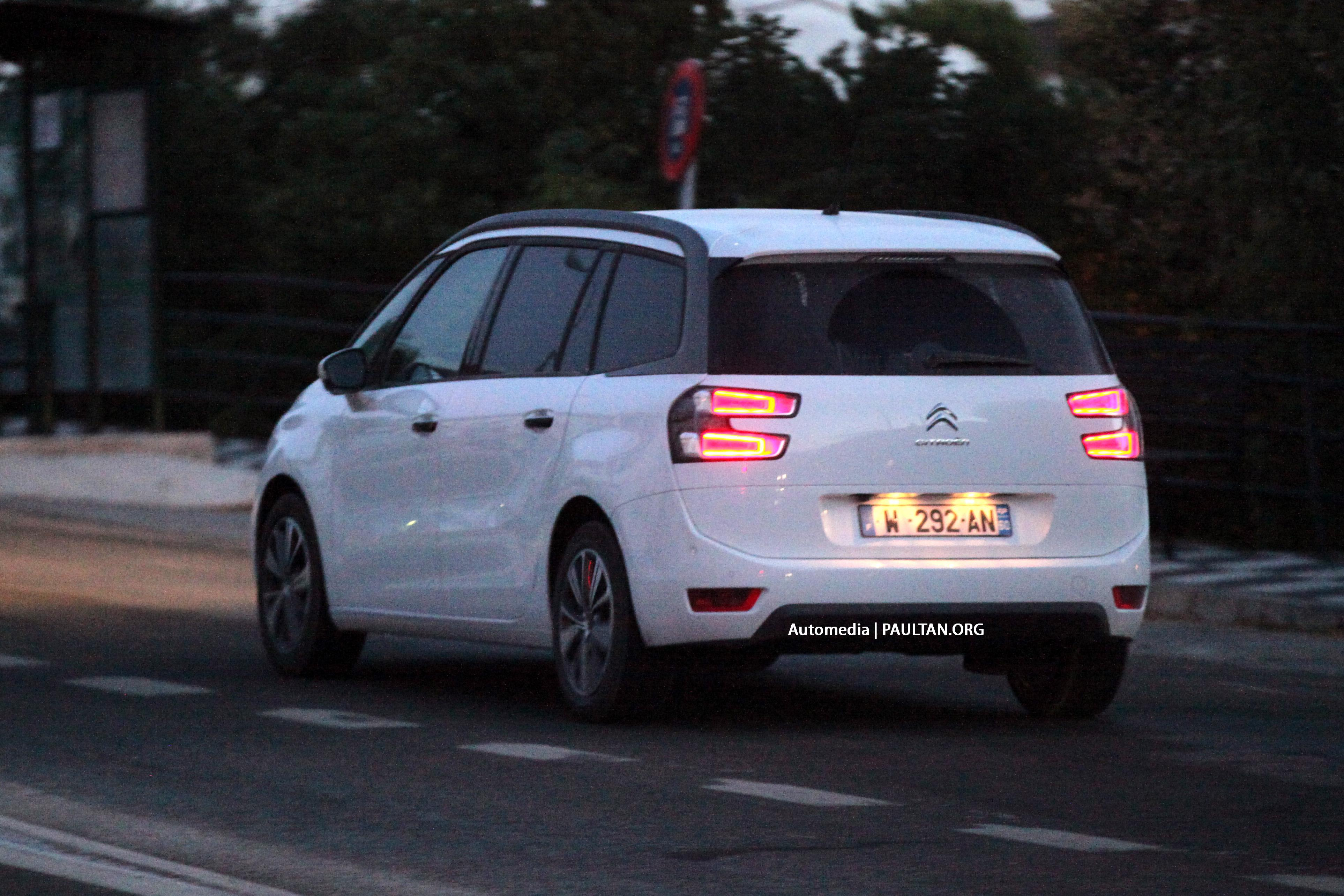 spyshots 2014 citroen grand c4 picasso in europe. Black Bedroom Furniture Sets. Home Design Ideas