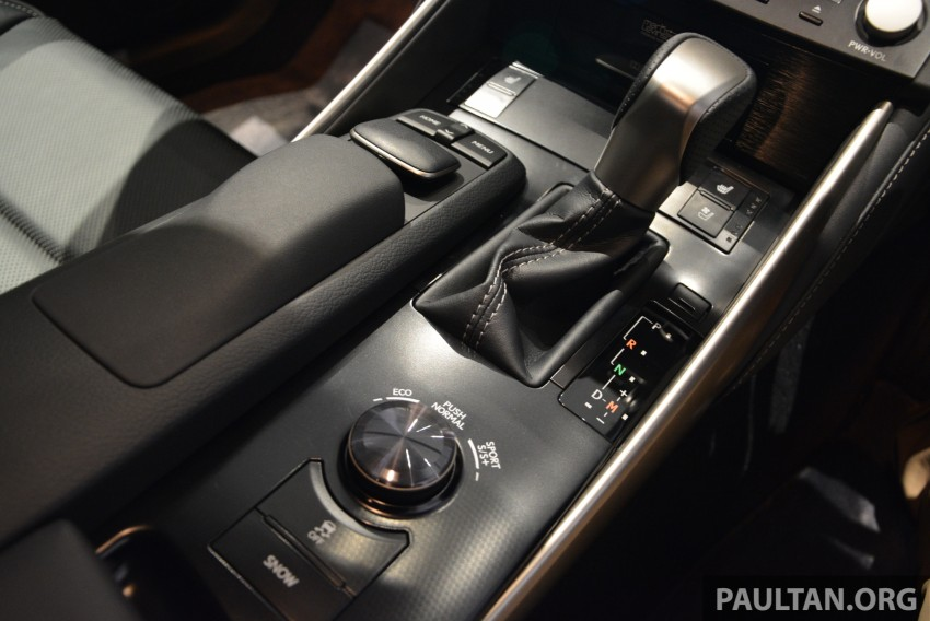 New Lexus IS launched – four variants, from RM270k Image #183035
