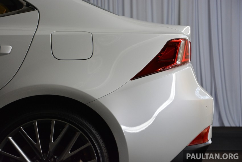 New Lexus IS launched – four variants, from RM270k Image #183055