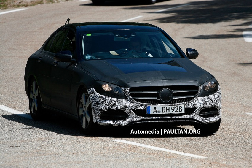 W205 Mercedes-Benz C-Class reveals more of its grille Image #181871