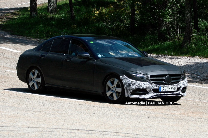 W205 Mercedes-Benz C-Class reveals more of its grille Image #181872