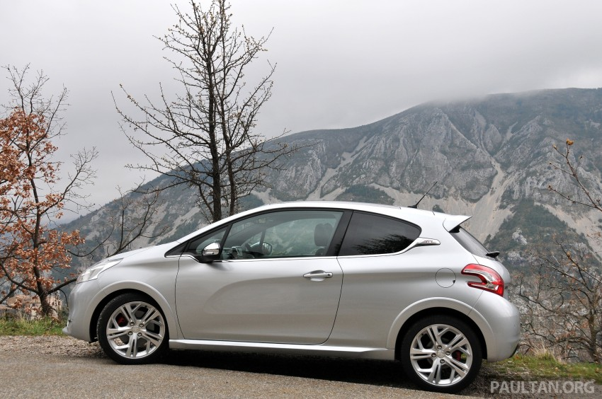 DRIVEN: New Peugeot 208 GTi in the South of France Image #179091