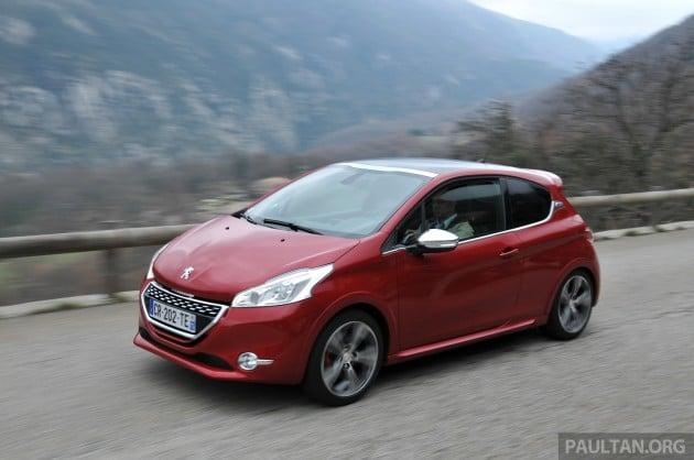 Peugeot_208_GTi_review_019