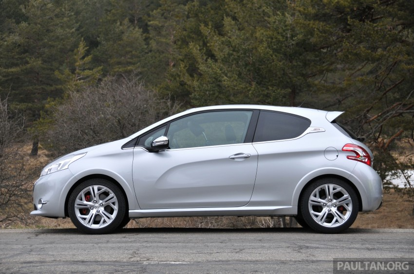 DRIVEN: New Peugeot 208 GTi in the South of France Image #179110