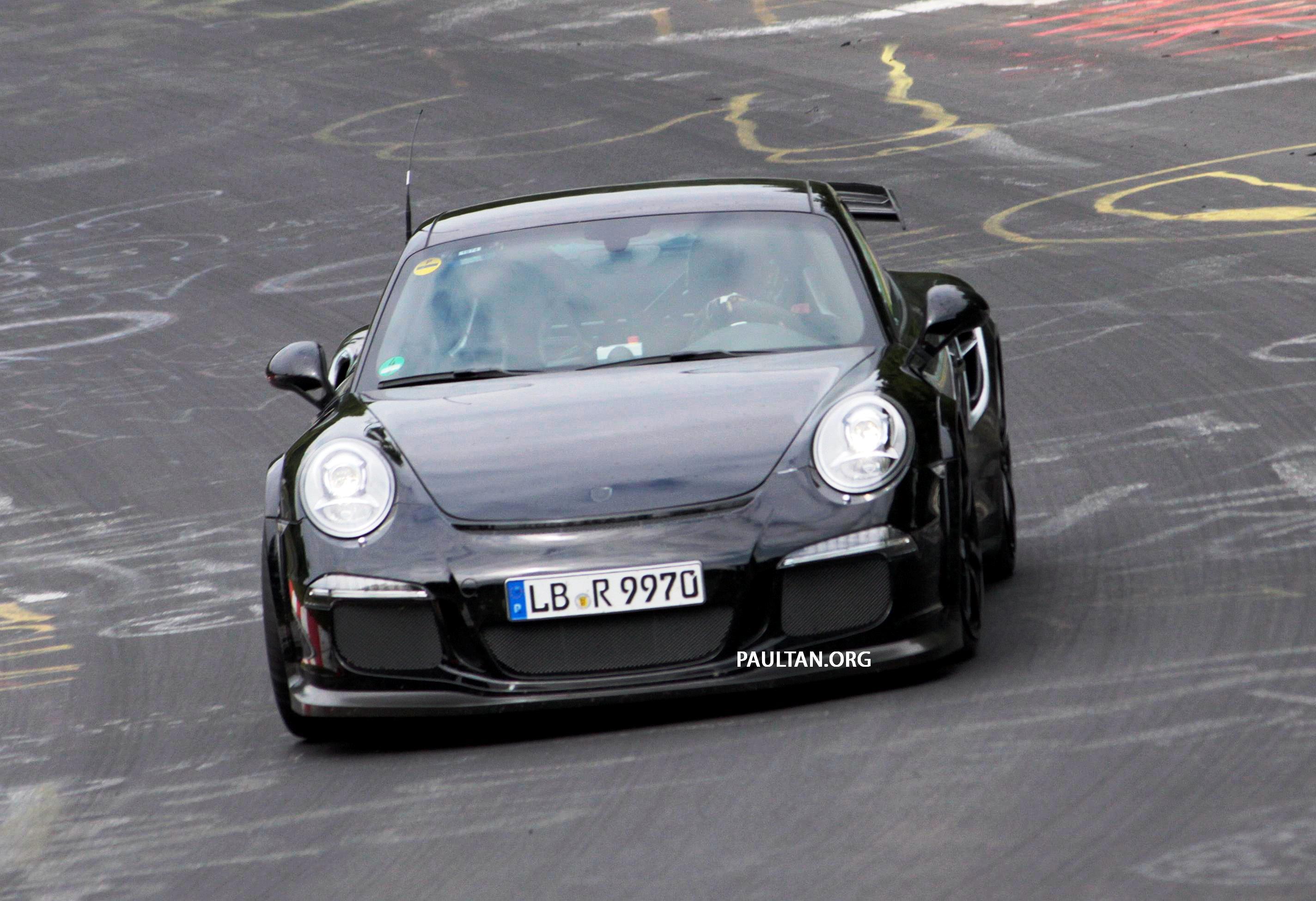 spyshots porsche 911 gt2 on the nurburgring image 183395. Black Bedroom Furniture Sets. Home Design Ideas