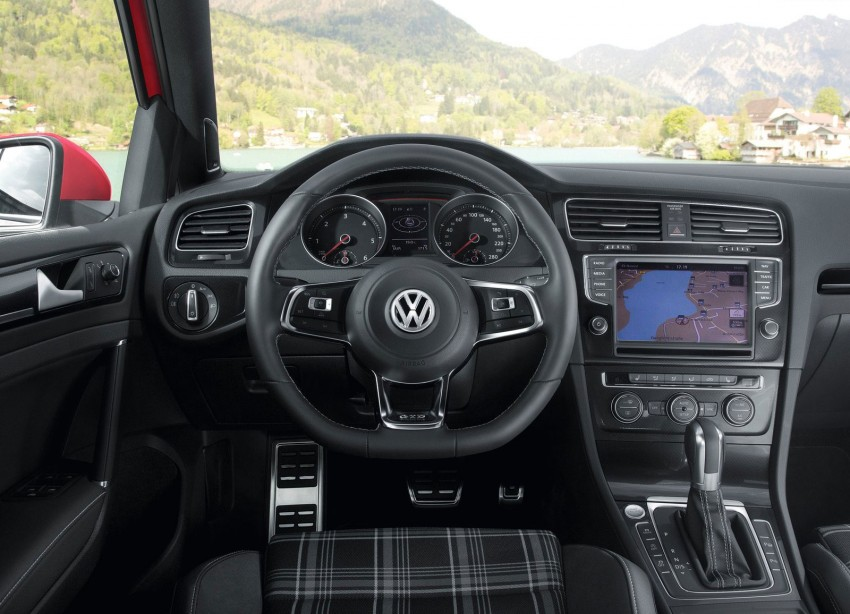 GALLERY: Volkswagen Golf GTD Mk7 on location Image #181703