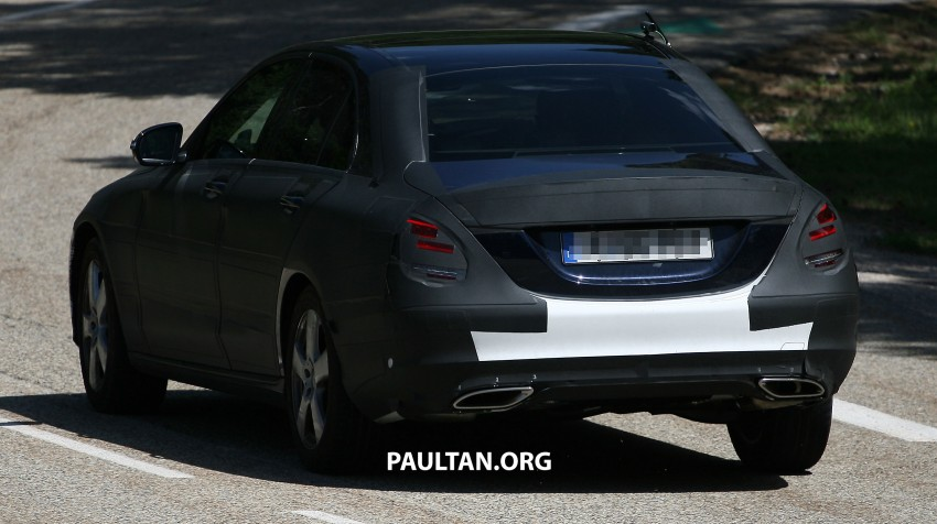 W205 Mercedes-Benz C-Class reveals more of its grille Image #181774